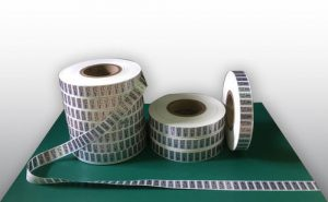 roll-form-printed-labels-500x500